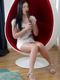 Cock Starved Alice Lee Feeds Her Greedy Pussy A Black Vibrator - Picture 2