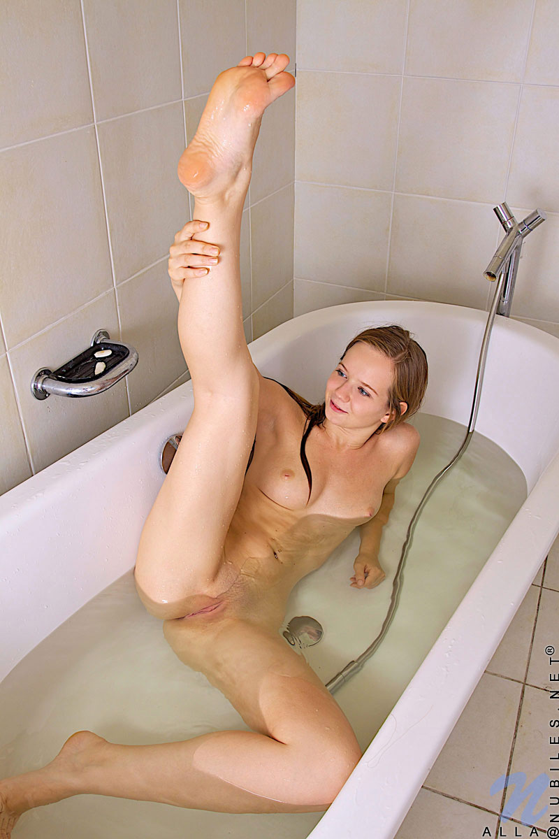 Young girls naked pussy bald alone in bathroom