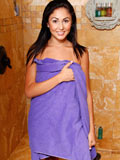 Stunning Ariana Marie Lathers Up Her Tight Wet Snatch - Picture 1