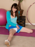 Innocent Amateur Spreads Open Her Smooth Shaved Pussy Just For You - Picture 3