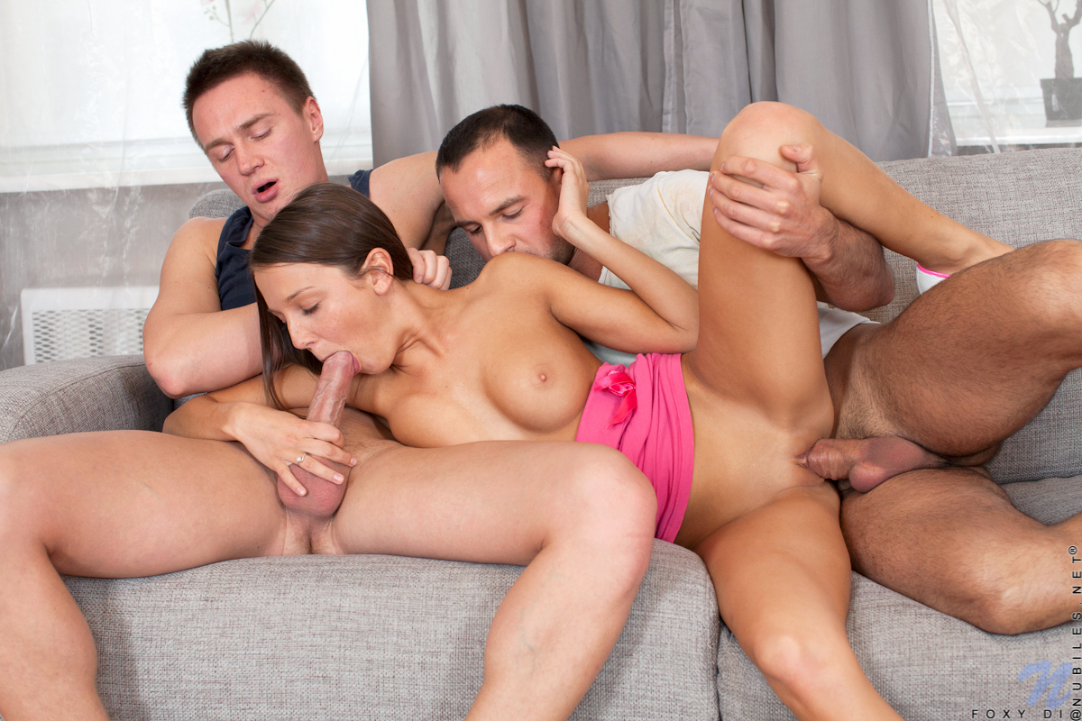 threesome sex pic