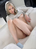 Nubiles.net Kamilla - Amatuer Nubile Kamilla teases the brush moist pussy