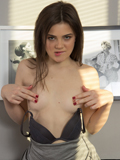 Nubiles.net Mary Rose - All natural babe Mary Rose teases her wet juicy twat