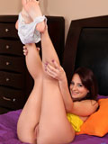 Brunette Spinner Missy Sweet Masturbates With Her Vibrator - Picture 8