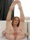 Hot Nubile Sarah Redz Strips Off Her Panties And Spreads Her Shaved Twat - Picture 13