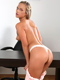 Nubiles.net Vinna Reed - Horny babe bends over in addition to shows off her round ass in addition to tight twat