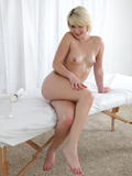 Playful Coed Uses A Magic Wand To Make Her Throbbing Pussy Cum - Picture 15