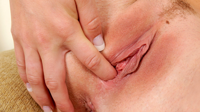 Nubiles.net Casi James - Nubile newbie fingers her shaved pink pussy until it drips