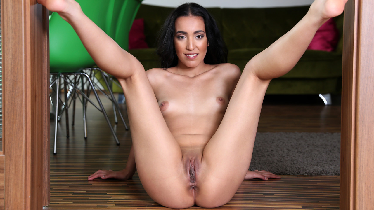 nubile spread pussies Hot