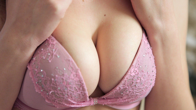 Stunning blonde Delilah Blue lotions up her perfect tits and craving twatvideo