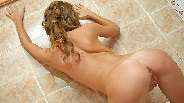 Bathroombabe - Nubiles.net