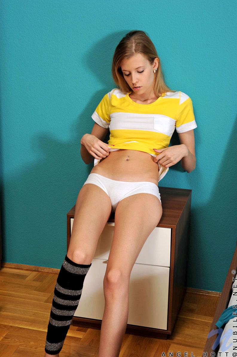 early teen girl panties
