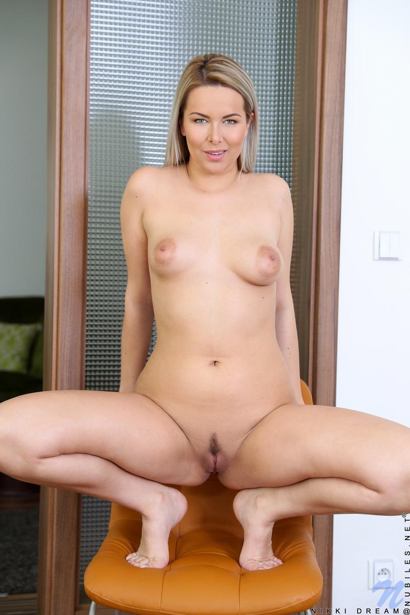 Nikki Babe