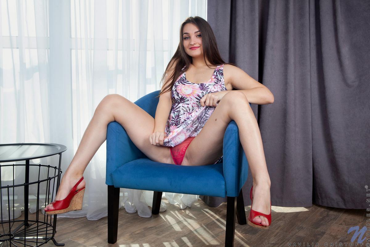 Nubiles.net - Vavilia Cristoff: Take It Off