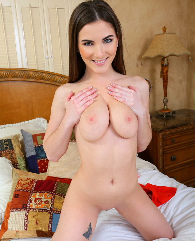 Israeli girl showing her pink shaved pussy