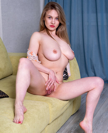 Nubiles - Valerie Duval